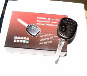 Skrytá kamera s mikrofonem v klíči