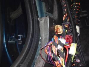 Fyzická kontrola a demontáže při vyhledávání odposlechového a monitorovacího zařízení.